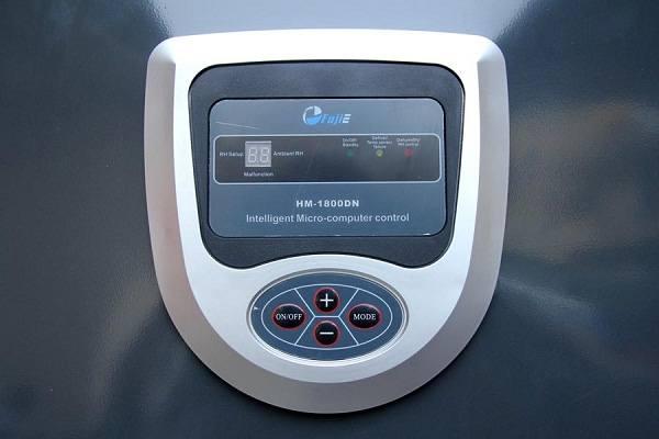 Bảng điều khiển máy hút ẩm công nghiệp Fujie HM-1800DN